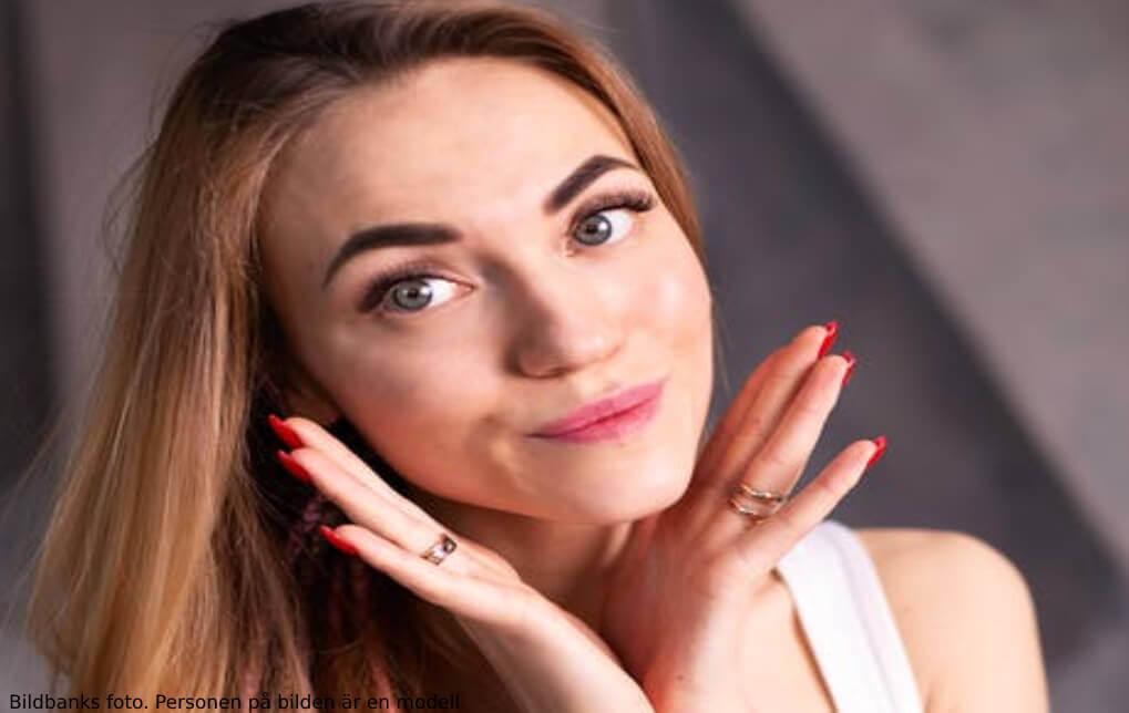 Glow-behandling för ansiktet | Veritaskliniken
